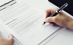 Characteristics of a Simple Contract